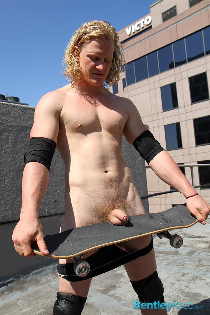 Bentley-Race-Shane-Phillips-Aussie-Skater-Showing-Off-His-Hairy-Uncut-Cock-Amateur-Gay-Porn-15 Aussie Skateboarder Shows Off His Hairy Uncut Cock In Public