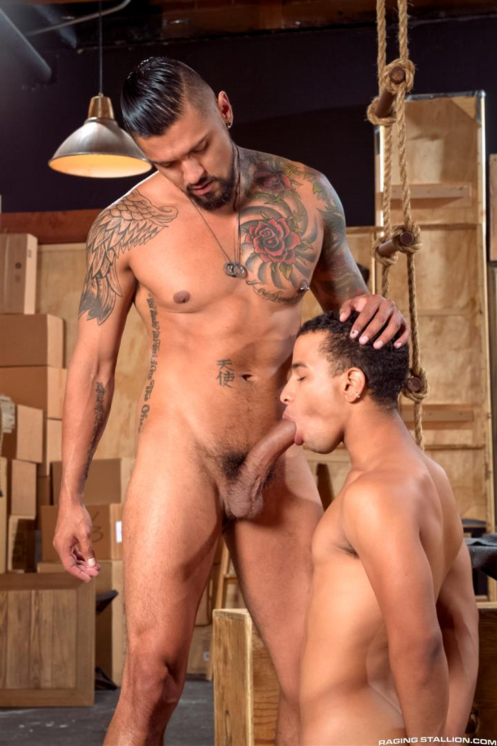 Raging-Stallion-Boomer-Banks-and-Trelino-Huge-Uncut-Cock-Fucking-A-Black-Ass-Amateur-Gay-Porn-03 Young Black Guy Takes Boomer Banks Huge Uncut Cock Up The Butt