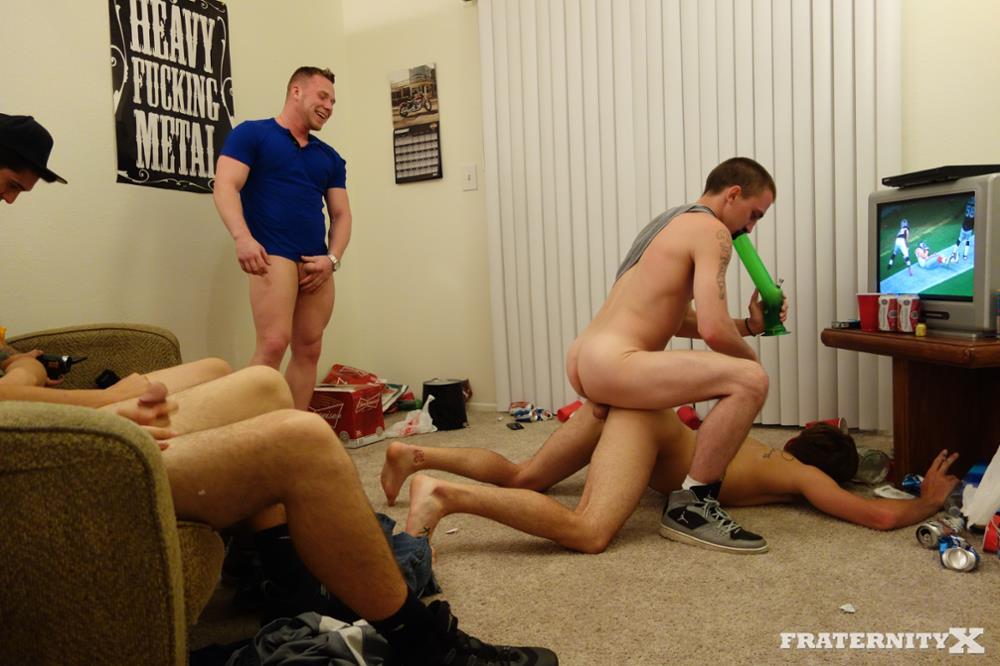 Fraternity-X-Brad-Frat-Guys-With-Big-Cocks-Fucking-Bareback-Amateur-Gay-Porn-07 Stoned and Drunk Frat Guys Bareback Gang Bang A Freshman Ass