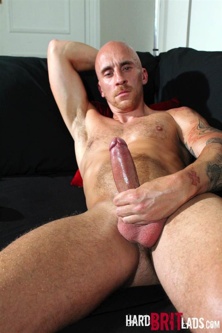 Hard-Brit-Lads-Sam-Porter-British-Muscle-Hunk-With-A-big-Uncut-cock-Amateur-Gay-Porn-16 Tatted Muscle British Hunk Sam Porter Jerking His Big Uncut Cock