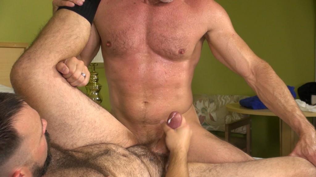 Gay bears videos - XNXX. COM