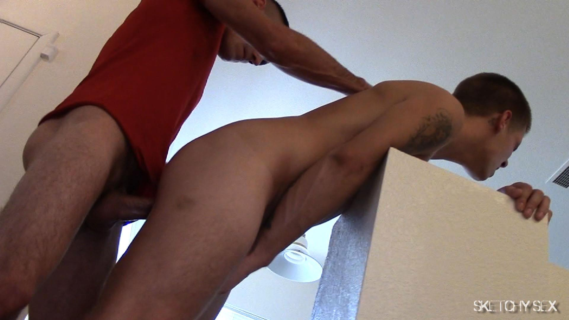 Sketchy Sex Nate Getting Fucked Bareback By A 10 Inch Craigslist Cock Amateur Gay Porn 06 Taking A 10