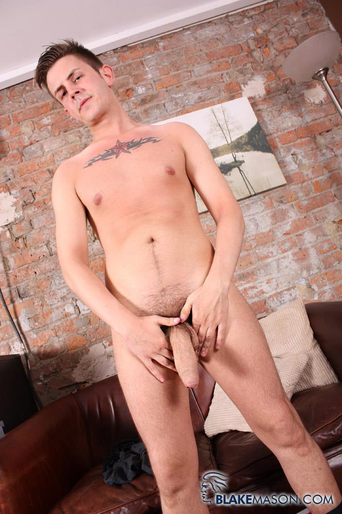 Blake-Mason-Zak-Starr-Young-British-Guy-Jerking-His-Big-Thick-Uncut-Cock-Amateur-Gay-Porn-03 Young British Guy Stroking His Big Thick Uncut Cock