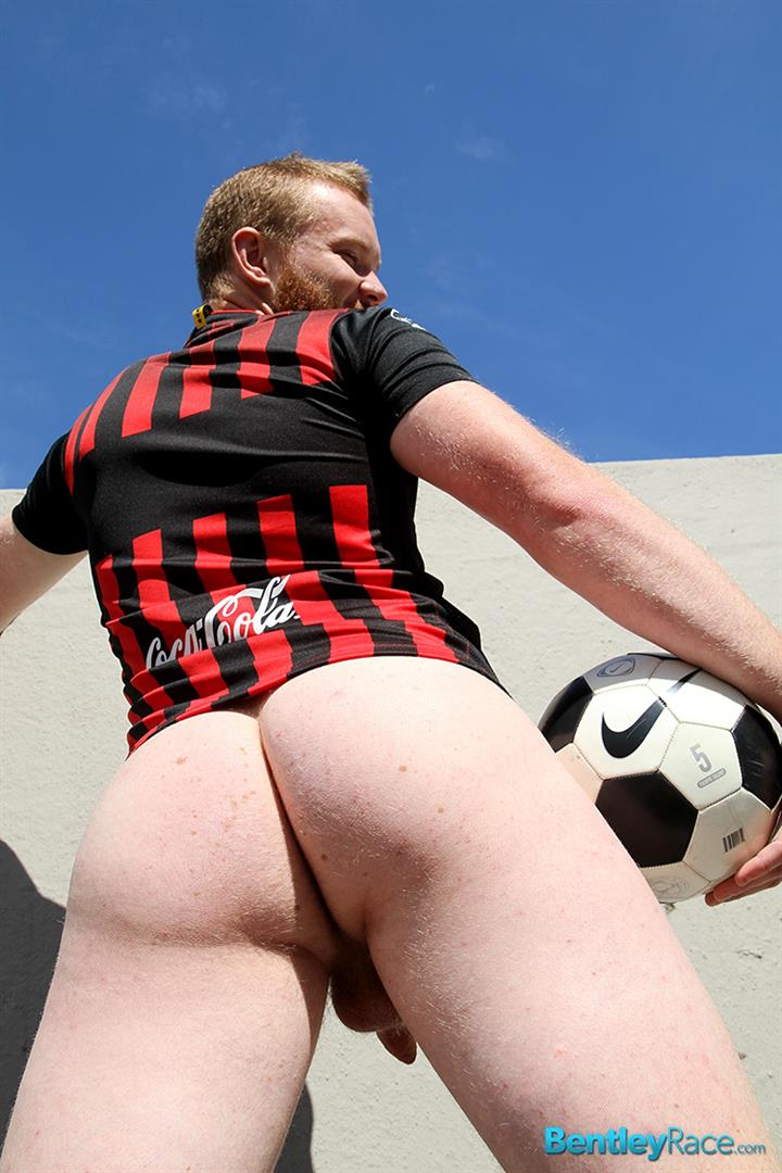 Bentley Race Beau Jackson Beefy Redhead Jerking His Big Uncut Cock Amateur Gay Porn 21 Redhead Aussie Soccer Player Naked and Stroking A Big Uncut Cock