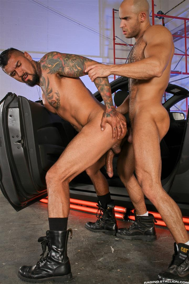 Raging Stallion Sean Zevran and Boomer Banks Bottoms For The First Time Big Uncut Cock Amateur Gay Porn 12 BREAKING NEWS: Boomer Banks Bottoms For The First Time With A Big Uncut Cock