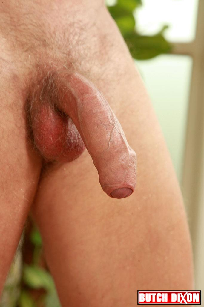 "Butch-Dixon-Big-T-British-Muscle-Daddy-With-A-Big-Uncut-Cock-Amateur-Gay-Porn-23 British Muscle Daddy Jerking Off His Big 9"" Uncut Cock"