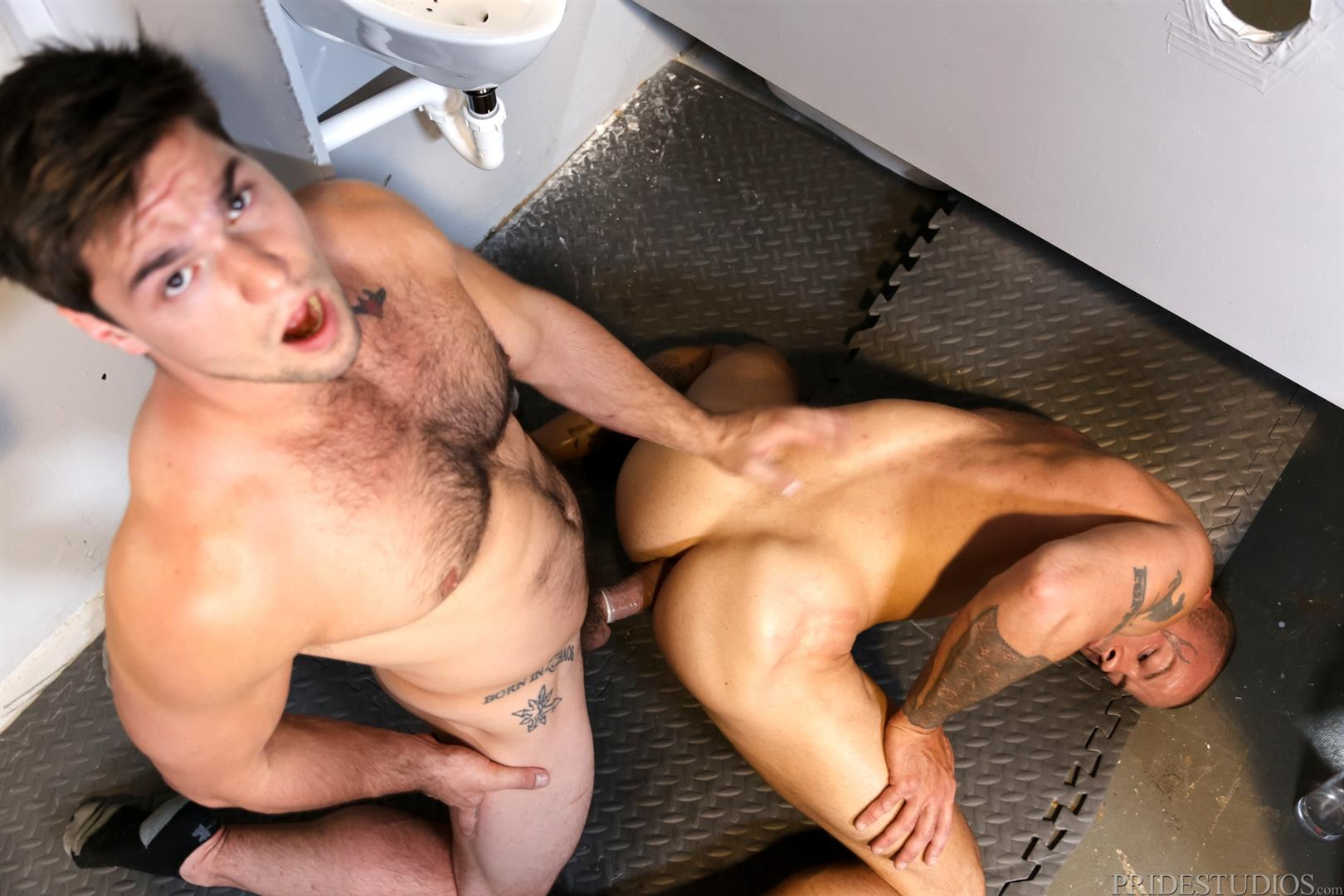 Extra Big Dicks Sean Duran Fucking Through A Glory Hole Amateur Gay Porn 14 Getting Fucked By A Big Fat Cock Through a Glory Hole