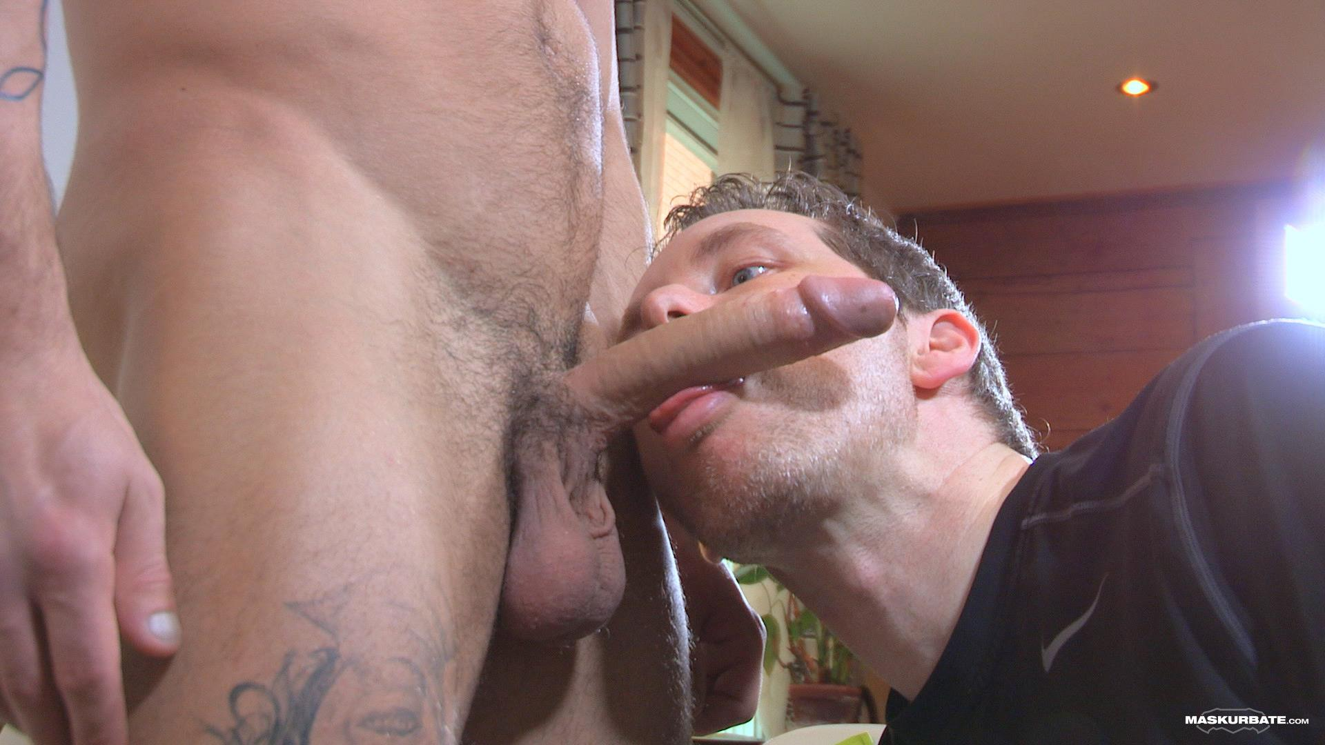 Maskurbate-Carl-Straight-Muscle-Jock-With-A-Big-Cock-Amateur-Gay-Porn-07 Straight Muscle Hunk Gets His First Blow Job From Another Guy