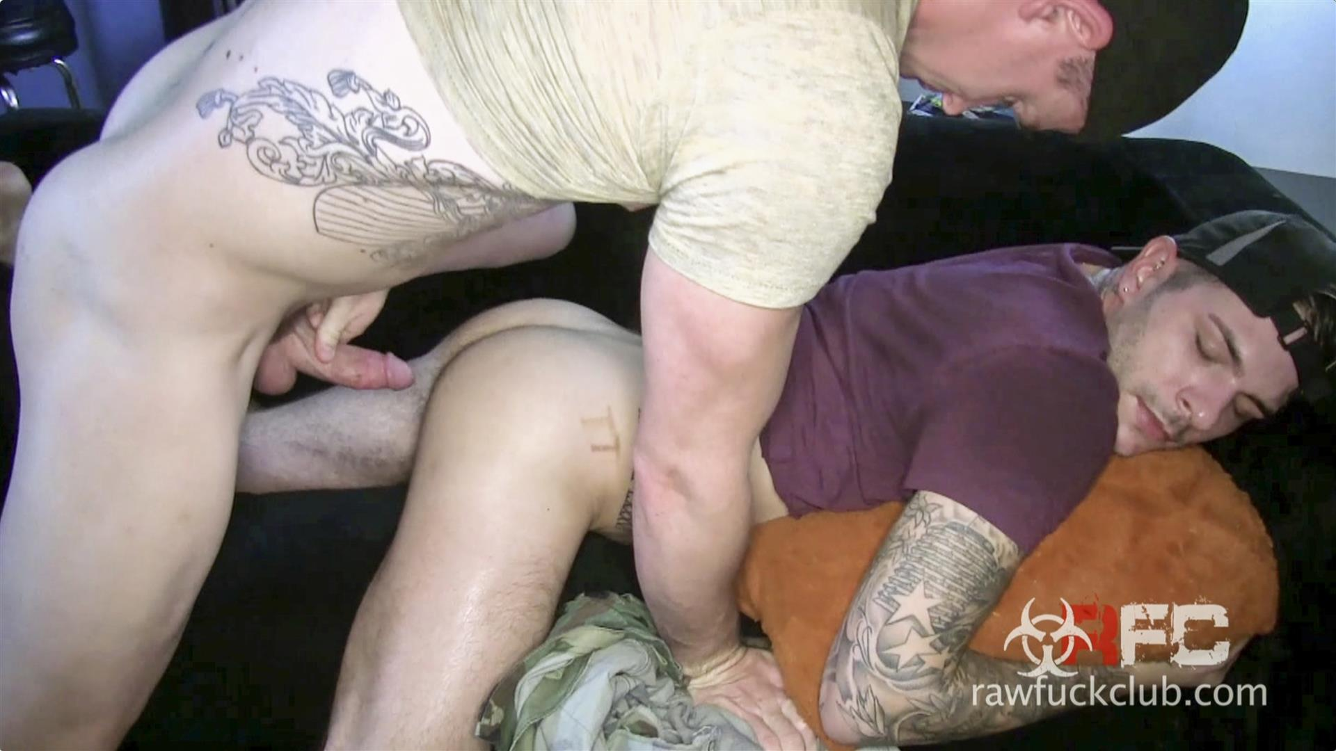 Raw Fuck Club Alessio Ribiero Hairy Ass Bareback Fuck Amateur Gay Porn 03 Picking Up A Drunk Trick At The Club And Fucking Him Raw