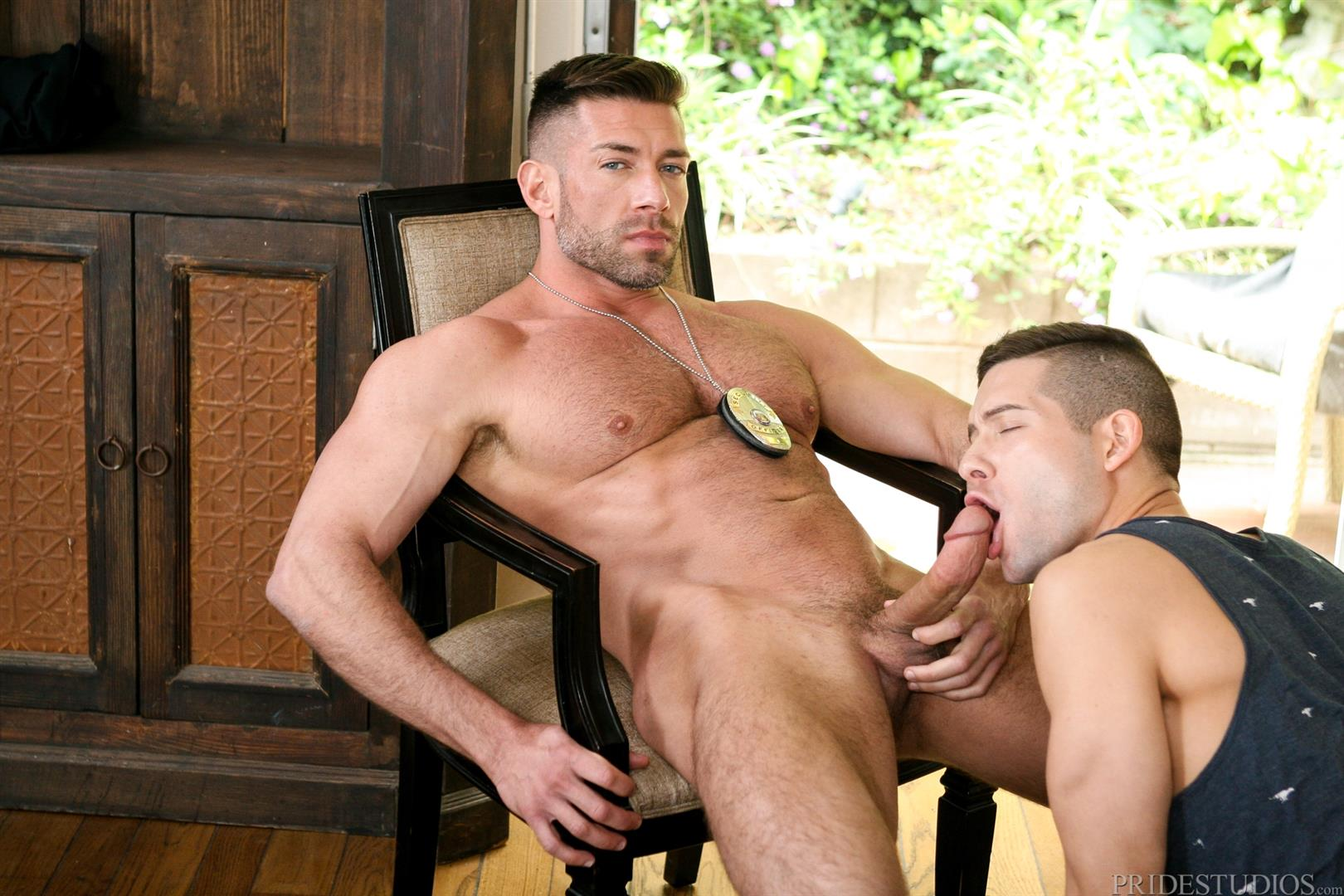Dylan-Lucas-Kyle-Kash-and-Bruce-Beckham-Hairy-Muscle-Daddy-Fucking-Amateur-Gay-Porn-08 Hairy Muscle Daddy Bruce Beckham Fucks Kyle Kash