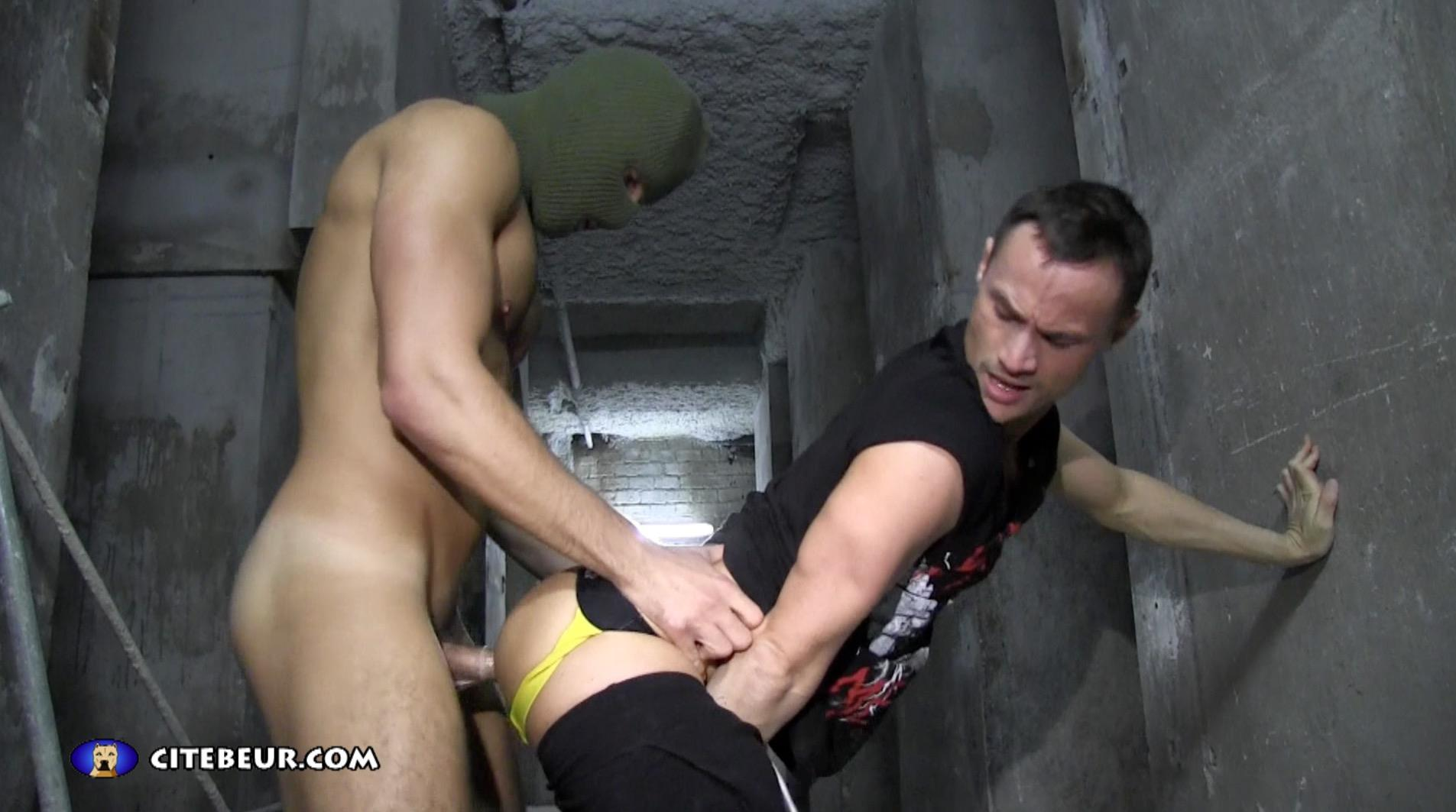 Citebeur-Free-Video-Big-Arab-Cock-Amateur-Gay-Porn-11 Sucking And Getting Fucked By Big Arab Cock In The Paris Slums