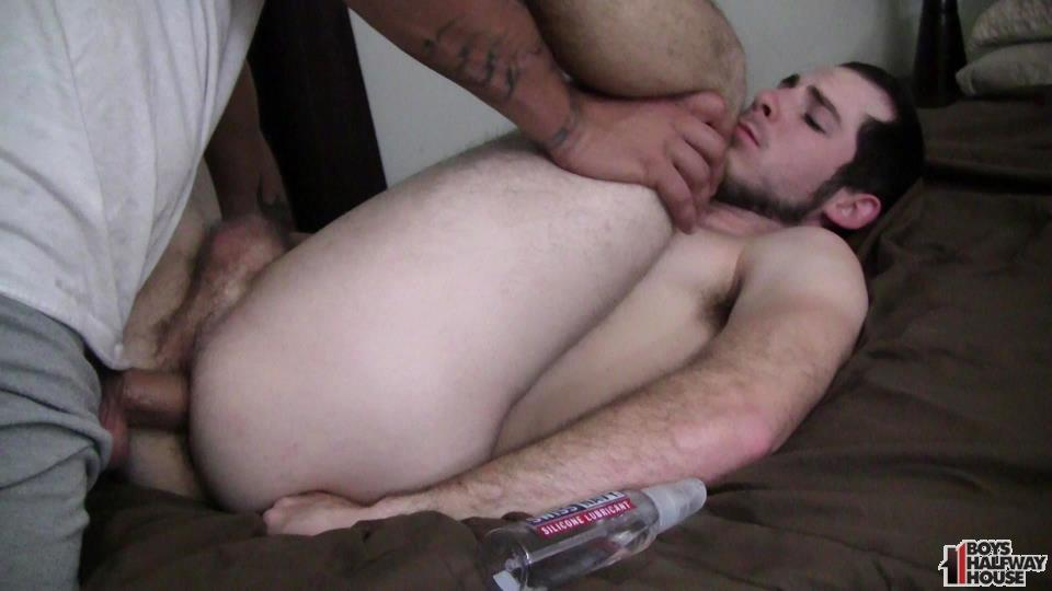 Boys-Halfway-House-Free-Download-Toby-Springs-Bareback-17 Straight Young Man Gets Two Raw Thick Dicks At The Halfway House