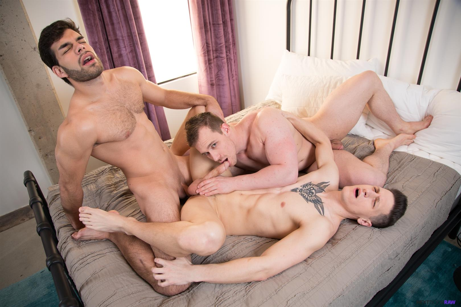 Next-Door-Raw-Dalton-Riley-and-Blake-Hunter-and-Zay-Hardy-Bareback-Threeway-07 Gay Boyfriends Invite A Trick Over For A Bareback Threeway