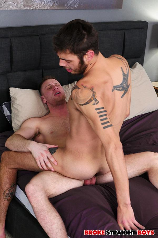 Broke-Straight-Boys-Brandon-Evans-and-Ari-Nucci-Straight-Boys-Bareback-Sex-For-Cash-24 Broke Straight Boys Brandon Evans and Ari Nucci Bareback For Cash