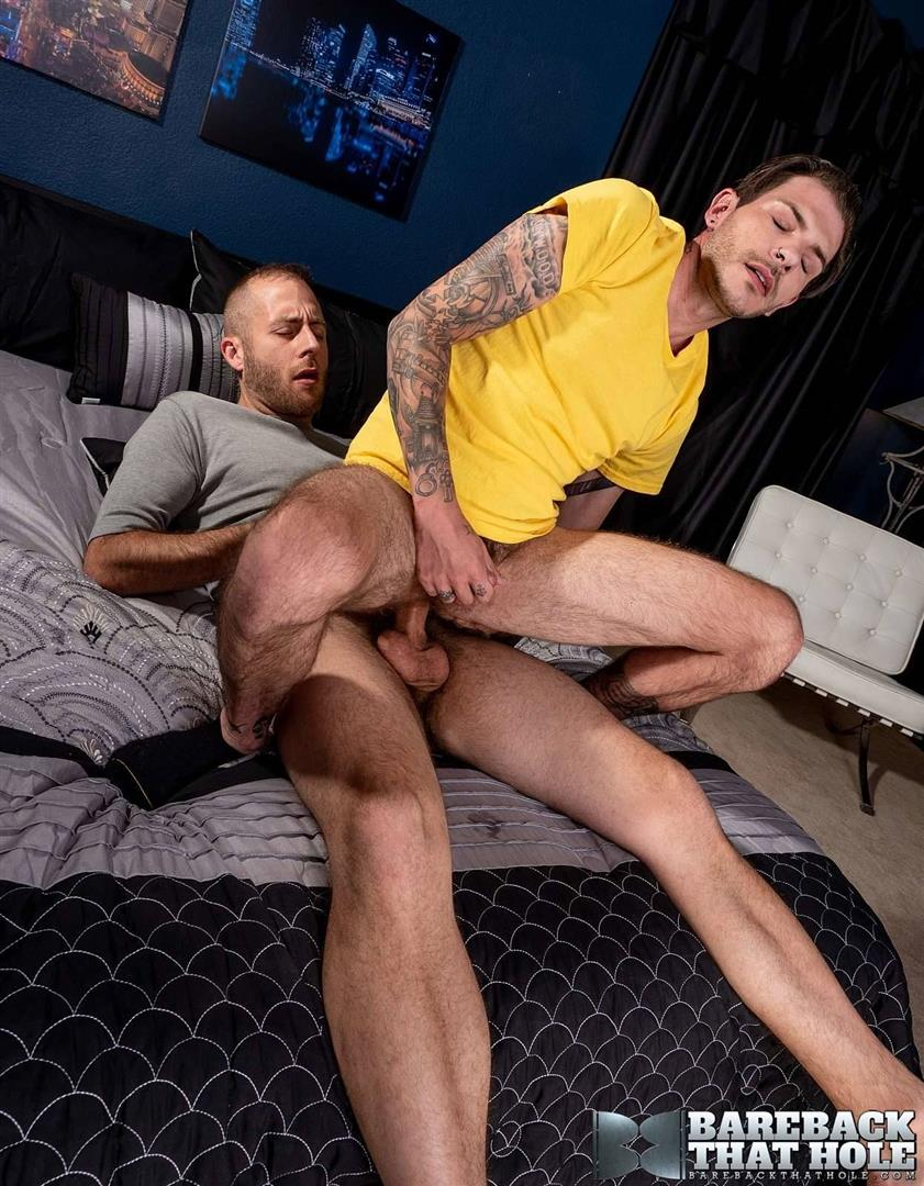 Bareback-That-Hole-Joel-Someone-and-Tristan-Matthews-Big-Dick-Bareback-Gay-Sex-Video-Free-Download-20 Getting Bareback Fucked By Joel Someone's Huge Cock