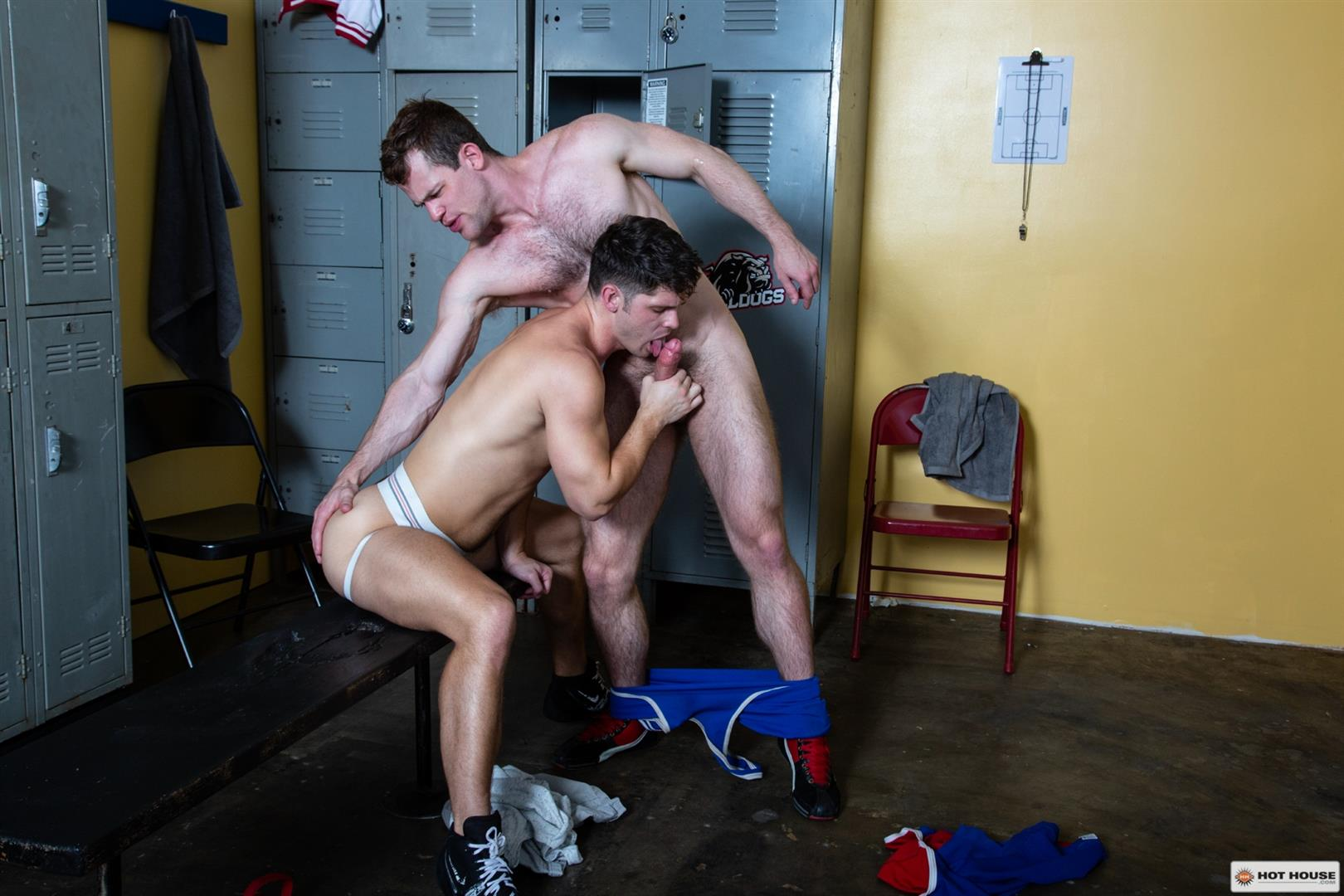 Hot-House-Kurtis-Wolfe-and-Devin-Franco-Muscle-Hunk-Bareback-Sex-In-Gym-11 Devin Franco Gets His Hairy Ass Bred By Hairy Muscle Stud Kurtis Wolfe